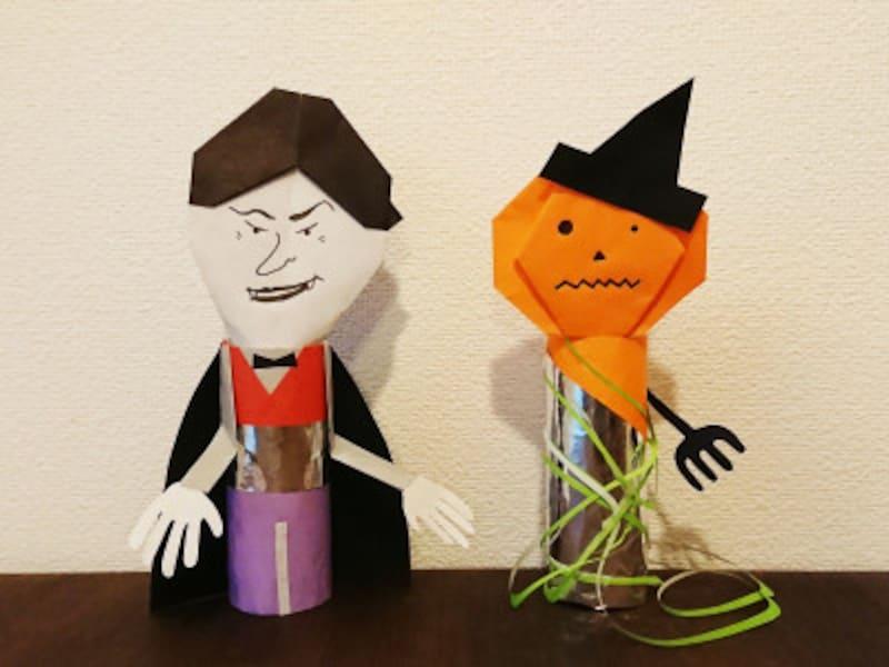 折り紙ドラキュラと折り紙カボチャおばけ人形の出来上がり