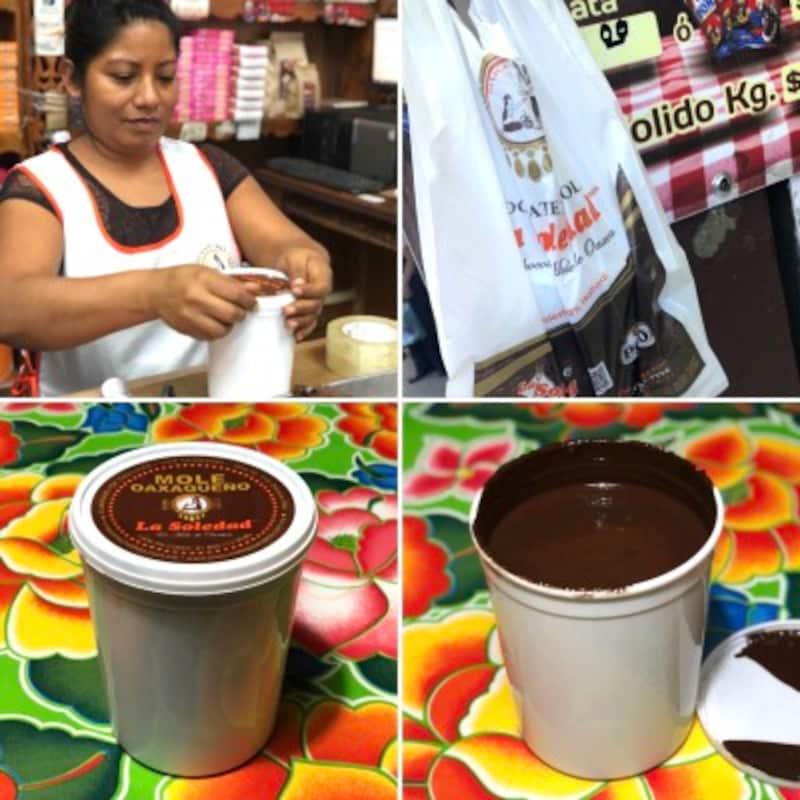 Ayumiブレンド。出来上がったチョコレートペーストは手際よくパックされます。熱々。これで1キロ。