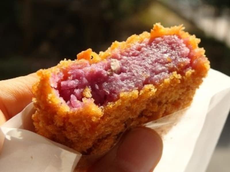 『鳥小屋』の紅芋コロッケ