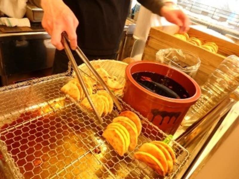 『鎌倉壱番屋』の手焼きせんべい