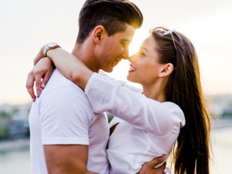 男女で違う一目惚れの心理。一目惚れと運命の恋は違うの?
