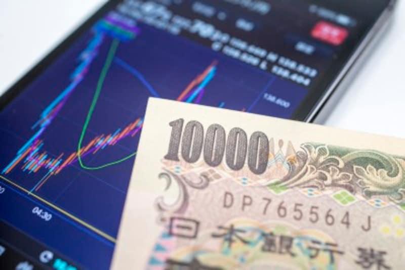 米中貿易摩擦への懸念や急浮上してきた日米貿易摩擦への懸念で調整局面の続く日本株ですが、こういう時こそ割安な銘柄を狙いたいもの。今回は厳選した3万円台で購入可能な、配当利回り3%超の3銘柄ご紹介したいと思います。