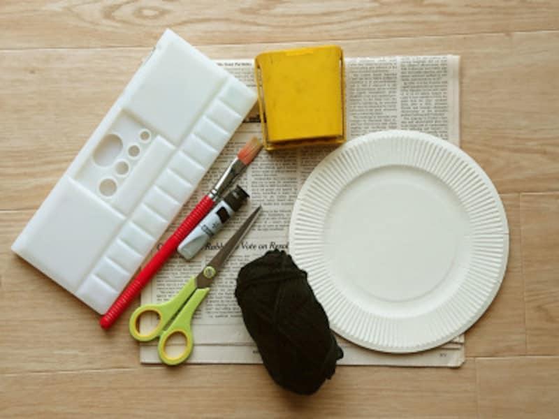 紙皿を使った蜘蛛の巣工作の材料