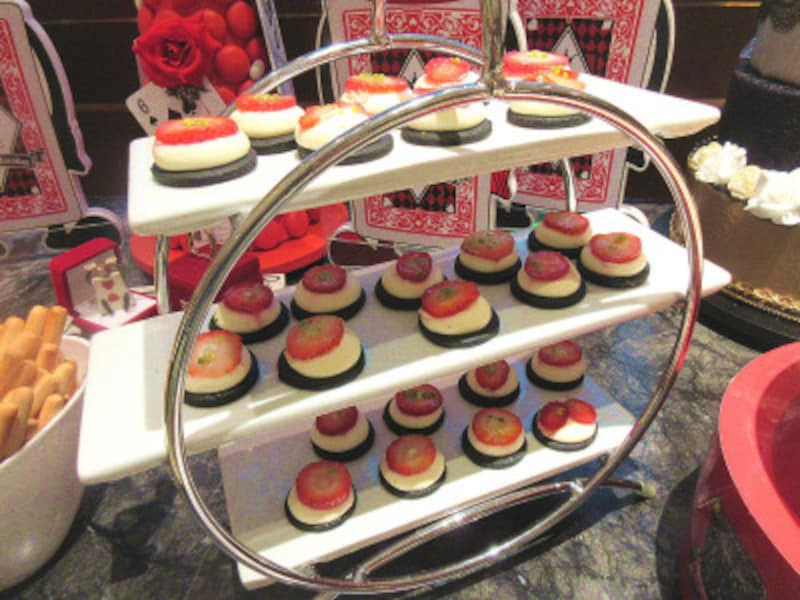 ヒルトン東京マーブルラウンジダムのツインチーズケーキ