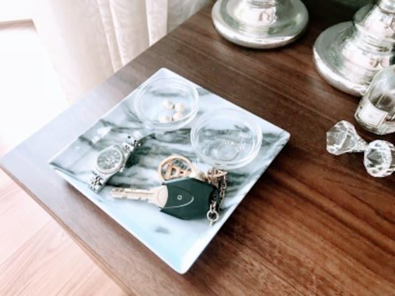 キャンドゥのおすすめ収納グッズ:外したアクセサリーや時計の一時置きスペースに