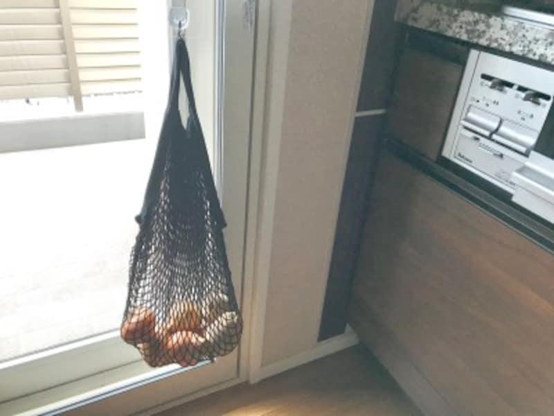 キャンドゥのおすすめ収納グッズ:通気性がよいので根菜保管にもおすすめ