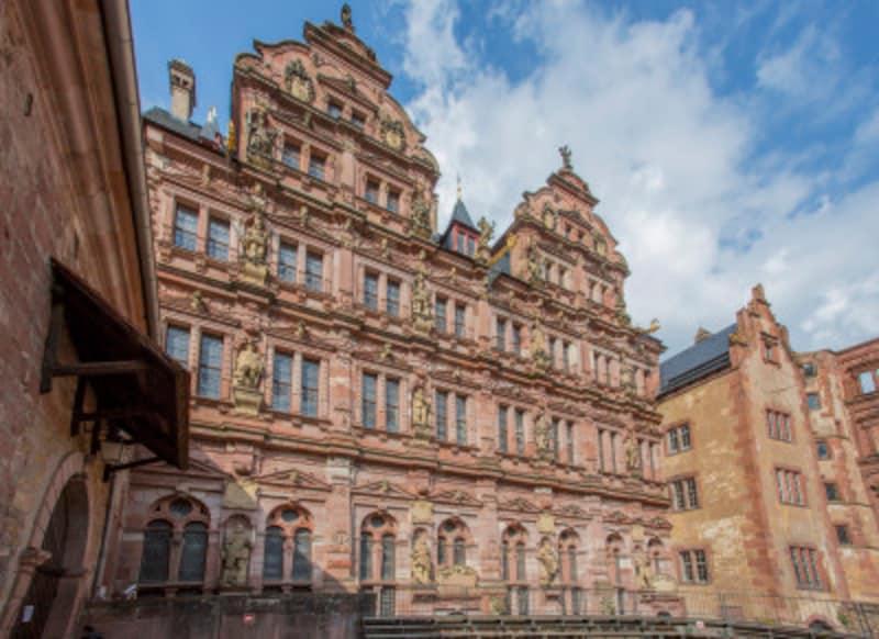 様々な建築様式がみられる世にも美しい廃墟、ハイデルベルク城。