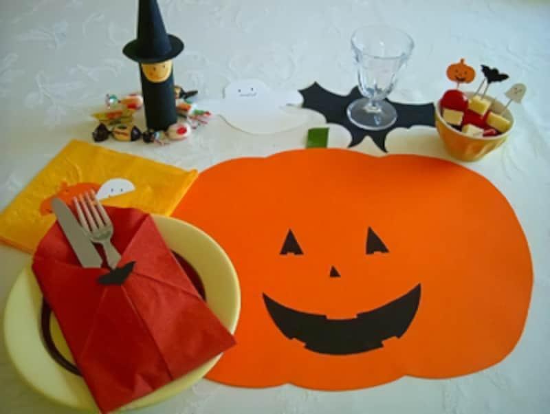 ハロウィン飾りつけ手作り!テーブルセットをハロウィン一色に!