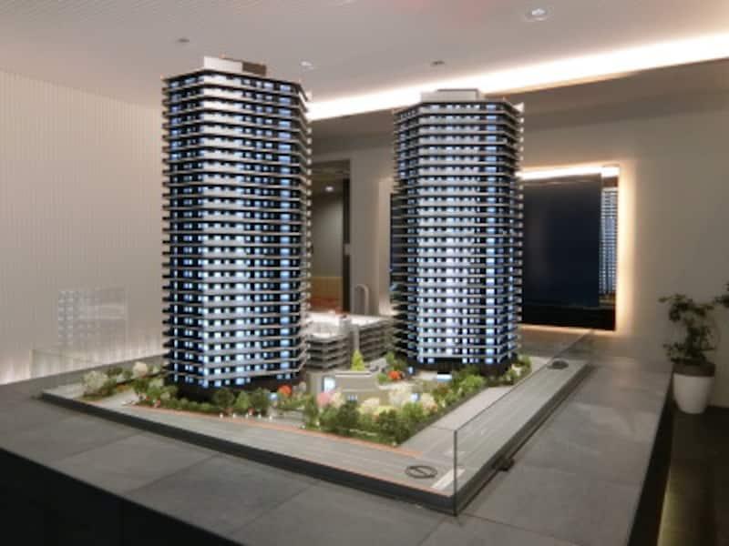 「ザ・パークハウス福岡タワーズ」の完成予想模型