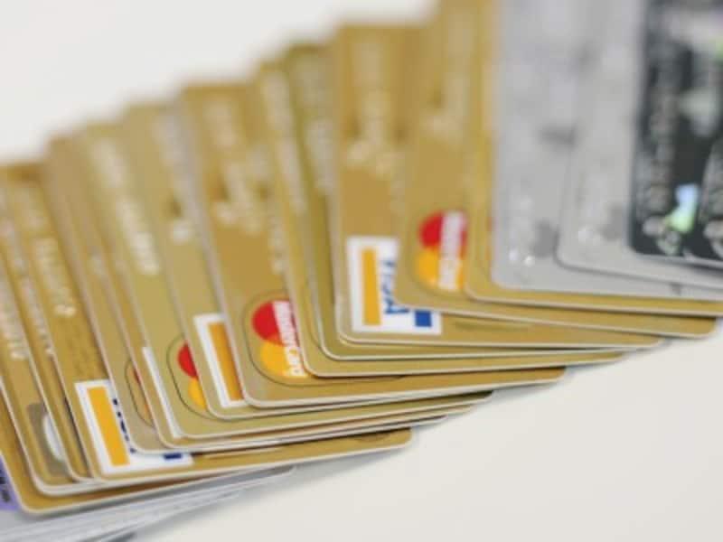 クレジットカードには、「一括払い」「ボーナス払い」「分割払い」「リボ払い」などの返済方法があり