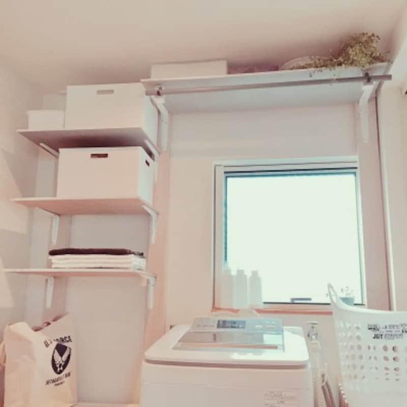 賃貸でもDIYができるラブリコを使用して空いた壁面に棚を設置