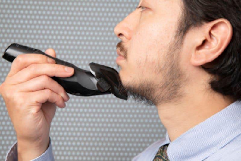 髭,整え方,手入れ,バリカン,メンズ,ヒゲ,カット,スタイル,濃い,口ひげ,あごひげ,おしゃれ,道具,整える,形,かっこいい