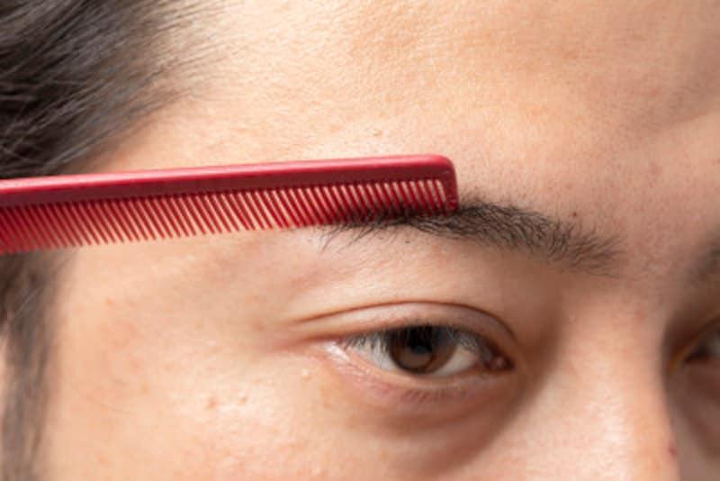 眉毛,整え方,男,初めて,道具