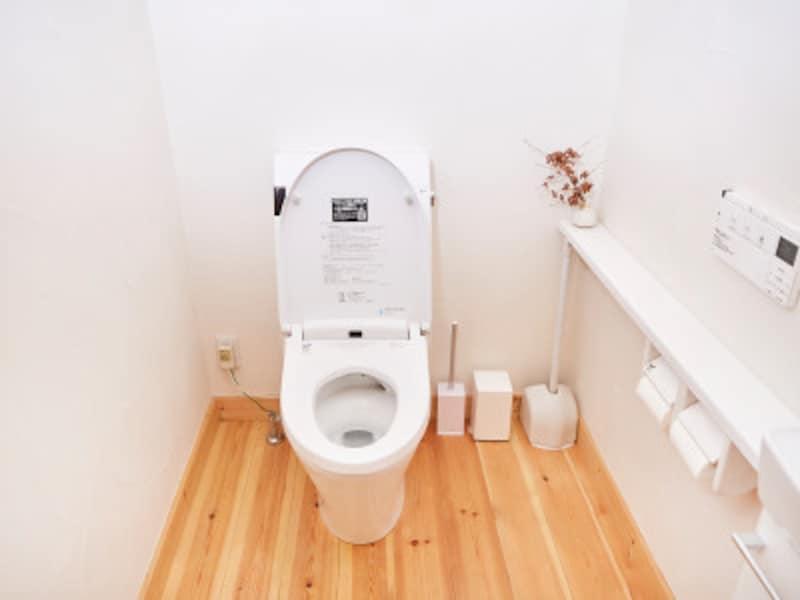 トイレ掃除の頻度・タイミングは、その家の状況次第。しかし基本的に、每日掃除するのが理想です