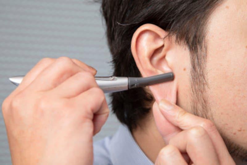 鼻毛処理,おすすめ,鼻毛,処理,男,どこまで,ハサミ,簡単,耳毛,剃る,抜く