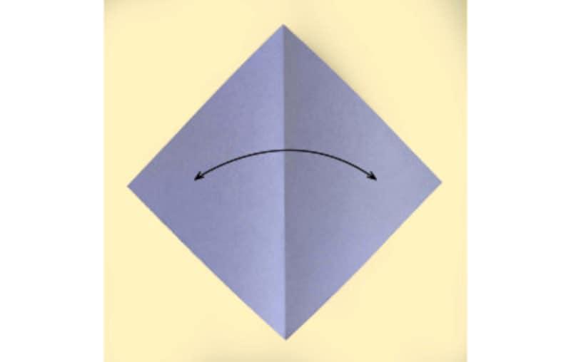 ハロウィン折り紙|コウモリの折り紙折り方1