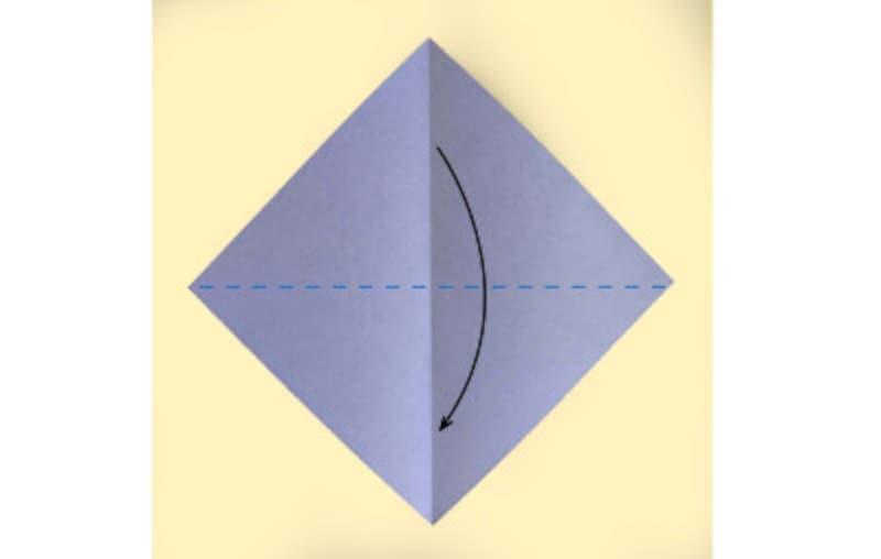 ハロウィン折り紙|コウモリの折り紙折り方2