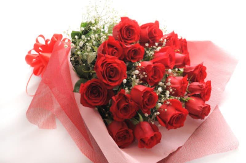 バラ(薔薇)の花言葉の意味を、本数別にチェック!