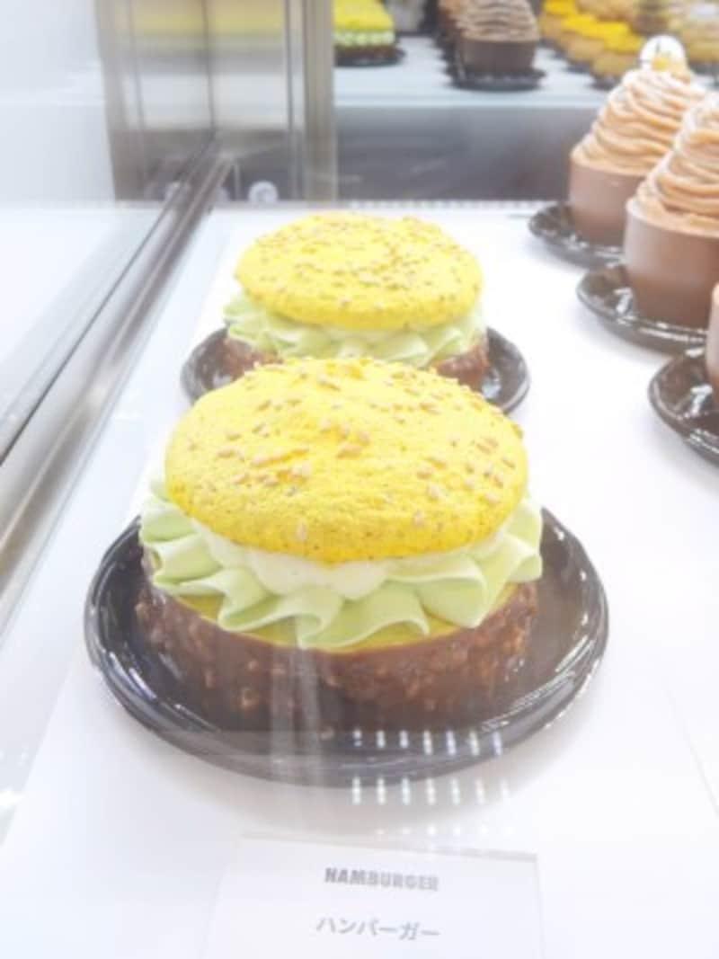 「ミシャラク表参道」の「ハンバーガー」(税別800円)