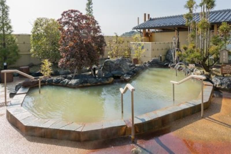 柏市の満点の湯露天風呂
