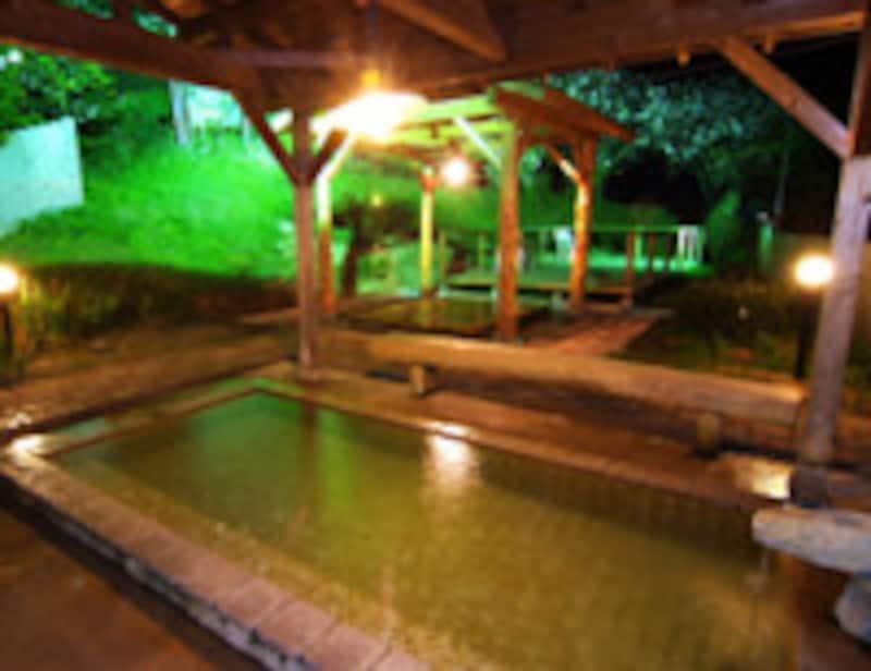 いろりの宿七里川温泉露天風呂