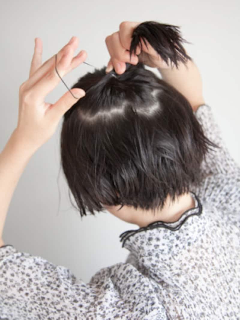 シリコンゴムがヘアアレンジをしたときに色が浮かないように注意