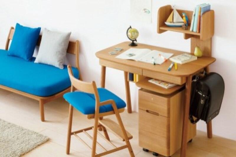 飛騨産業「cobrina」(コブリナ)の学習机・勉強机