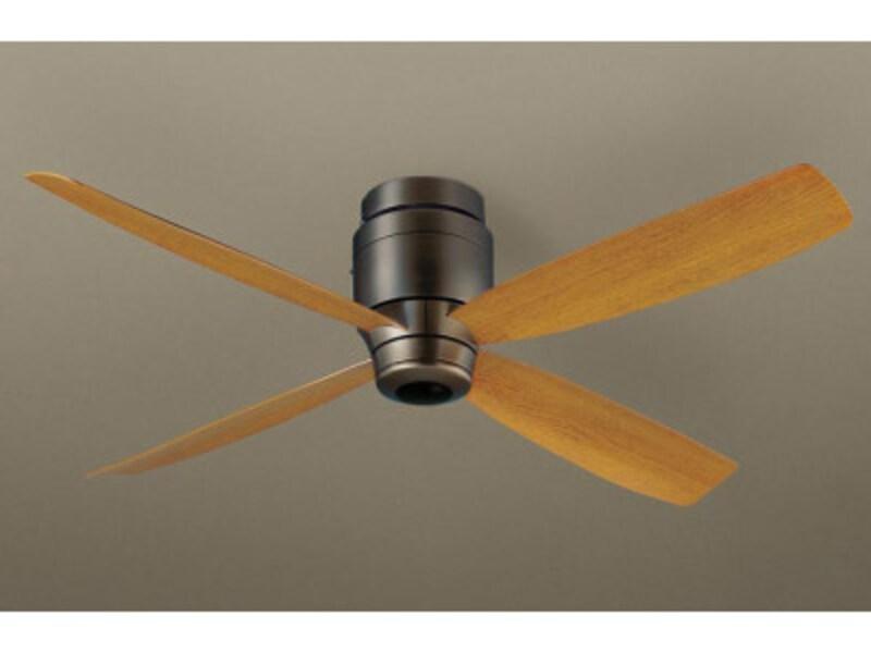 ナチュラルさとモダンさを合わせ持つデザイン。[SP7073天井直付型 シーリングファン DCモータータイプ 風量4段切替・逆回転切替・1/fゆらぎ・3時間タイマー] パナソニック