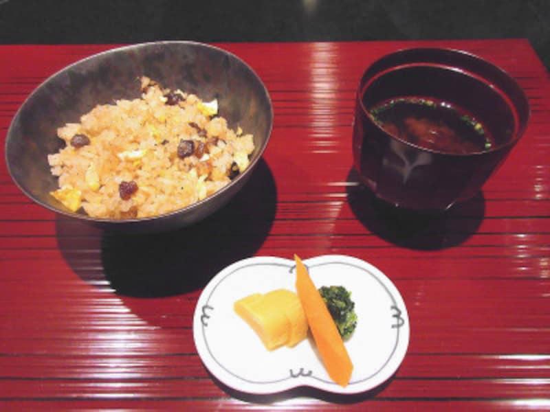 ハイアットリージェンシー東京鉄板焼グリル御飯赤出汁香の物