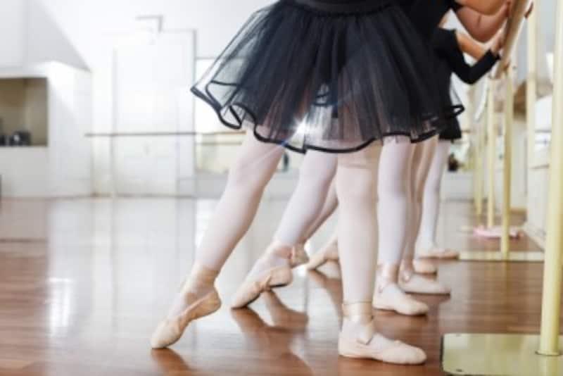 スポーツ系習い事教室でもバレエのレッスンを受けられる