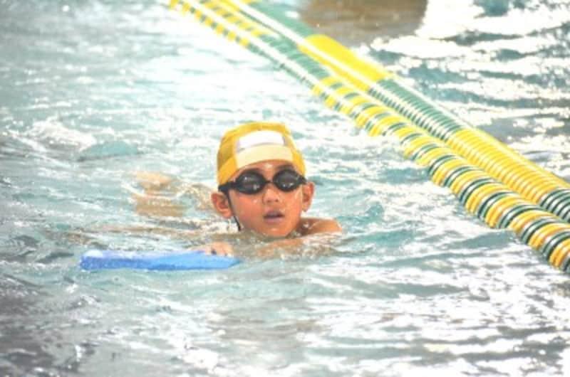 水泳教室は、習い事の中で一番人気