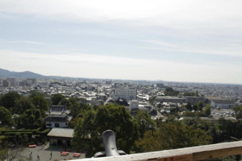 遠く名古屋駅や小牧山城も望める