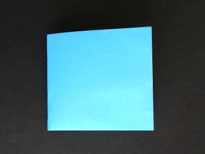 折り紙星1枚の作り方、長方形から正四角形に折る
