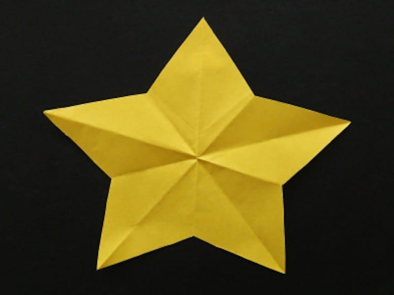 折り紙1枚で作る星の折り方・作り方・切り方