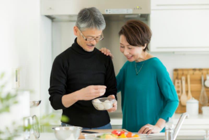 「前の結婚では、家事を一切やらずに仲違いしたから」反省して次の結婚で努力してくれるのは、再婚の夫ならでは
