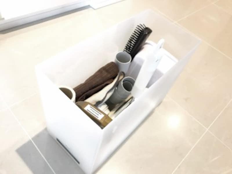 掃除用具はファイルボックスに1つにまとめて収納