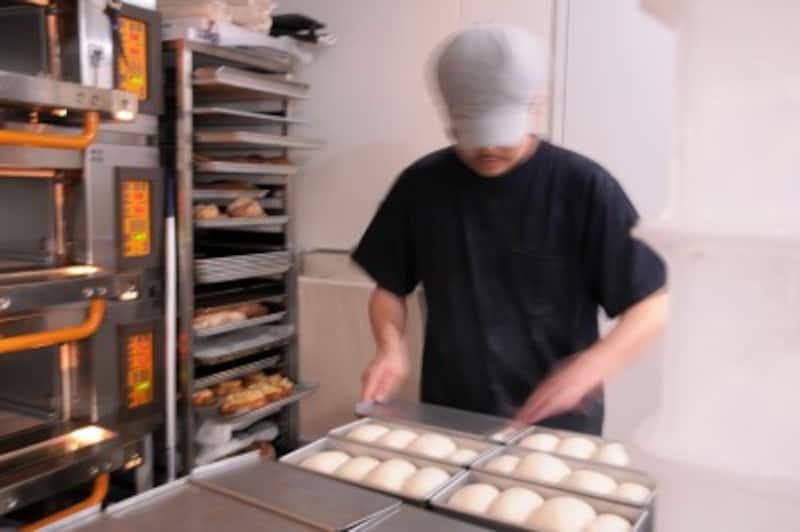 湯種食パン、窯入れ前