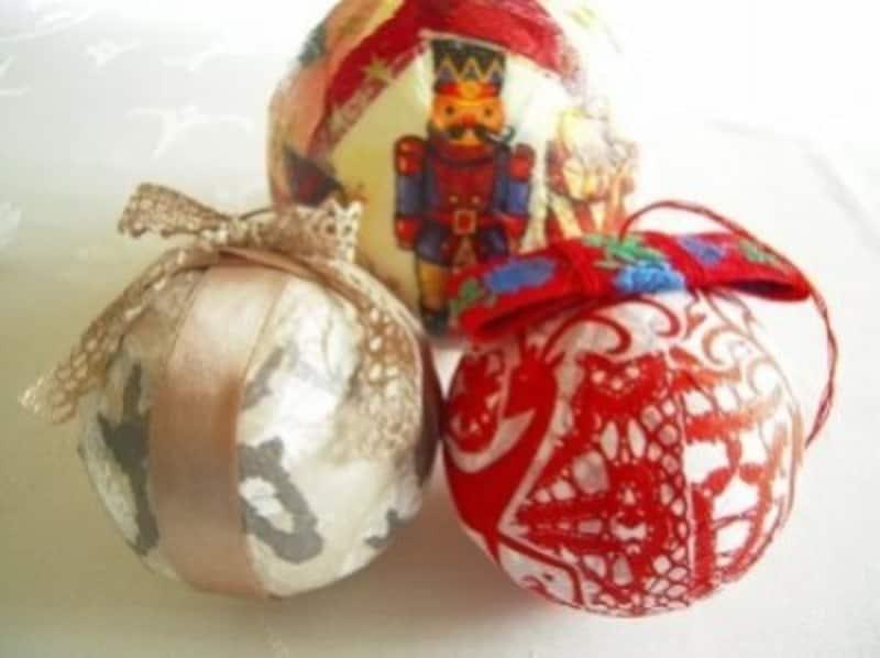 クリスマス製作・工作画像『クリスマスのオーナメントボールを作ろう1』