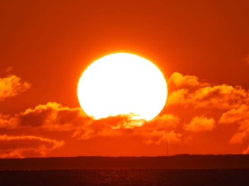 太陽などの自然界をイメージする男の子の名前には、太陽、暁、暉、昇などの漢字が人気