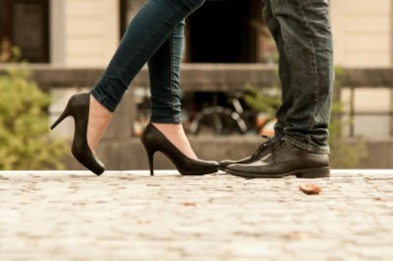 気になる男友達へのアプローチはタイミングがカギ