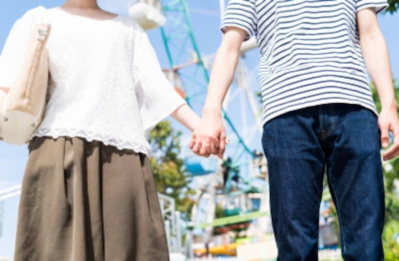 キスや手を繋ぐタイミングもポイントになります