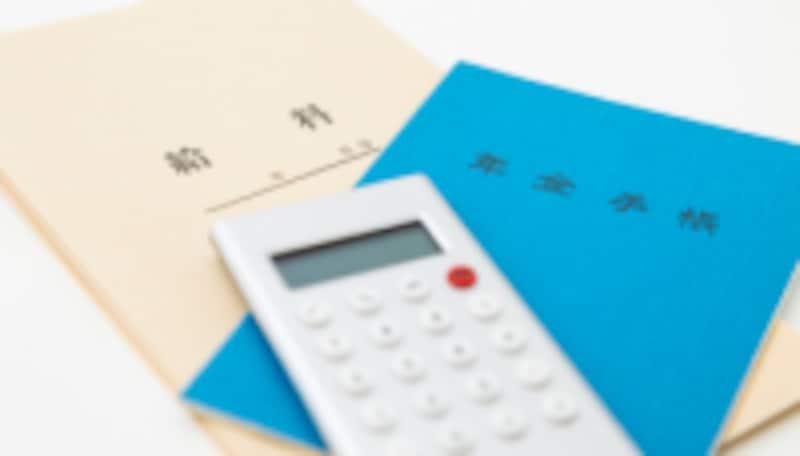 民間の個人年金保険については、保険料は税制上個人年金保険料控除の対象になります。