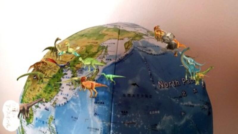 「ほぼ日刊イトイ新聞」から生まれた地球儀、「ほぼ日のアースボール」