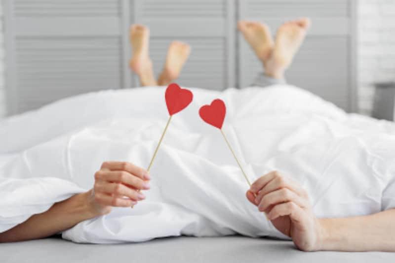 仲良し夫婦の夜の営み秘策1:お互い、演技しても良し