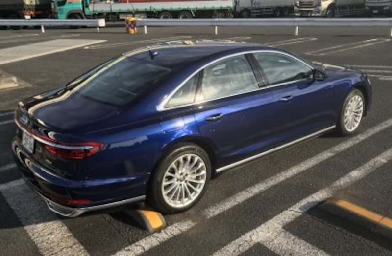Audi(アウディ)新型A8
