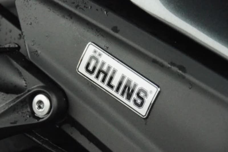 ZX14R HIGH GRADEにはオーリンズとブレンボが採用されている