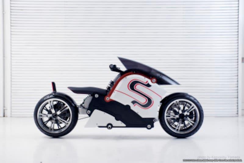 「zecOO」(ゼクウ)など、徐々に日本でも未来を見据えた電気バイクが出てきている。