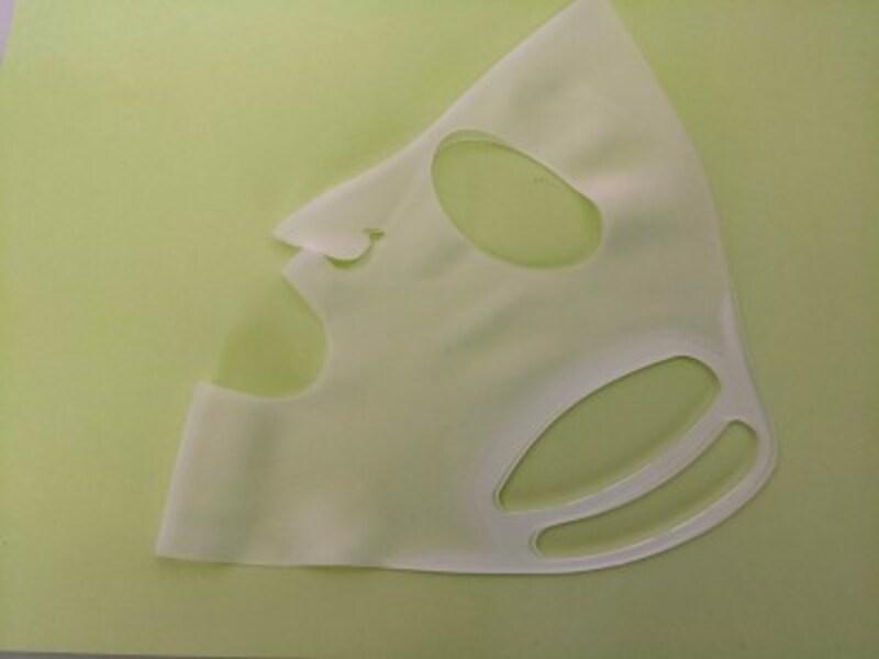 セリアのおすすめグッズ14:シートマスクの浸透を高めるセリアのシリコーンマスク