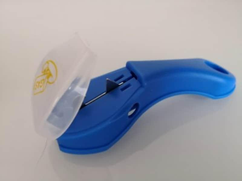 セリアのおすすめグッズ26:スプレー缶を簡単に捨てられるガス抜きプッチン