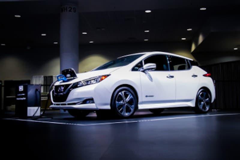日産,リーフ,リーフe+,nissan,電池容量,電気自動車,ガソリン,電気,電池,車,発表,ヒートアップ,容量